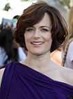 sarah-clarke-short-straight-bob-sophisticated-brunette-275