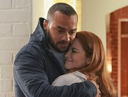 japril-hugs-again-greys-anatomy-s17e14